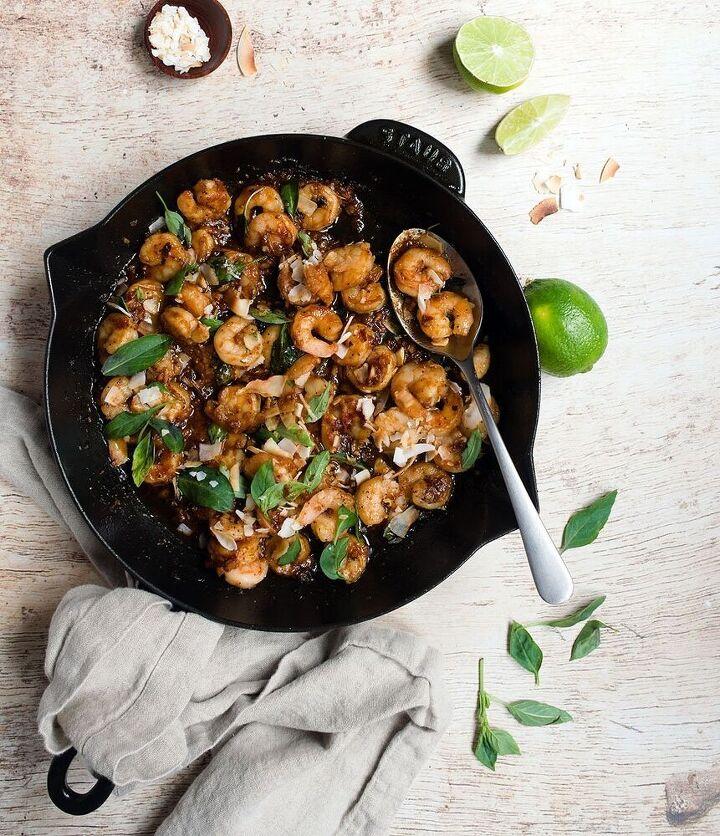 thai basil shrimp with coconut