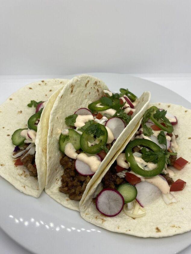 spicy hoisin pork tacos