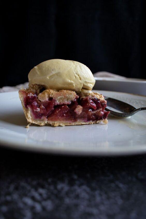 my favorite plum pie