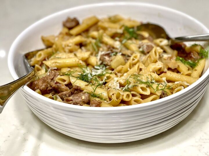 caramelized fennel and spicy sausage pasta