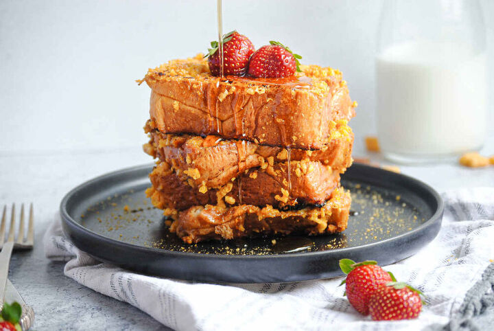 crispy captain crunch french toast