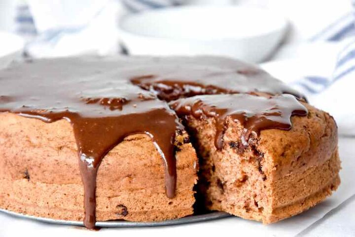 cinnamon coffee chocolate chip cake