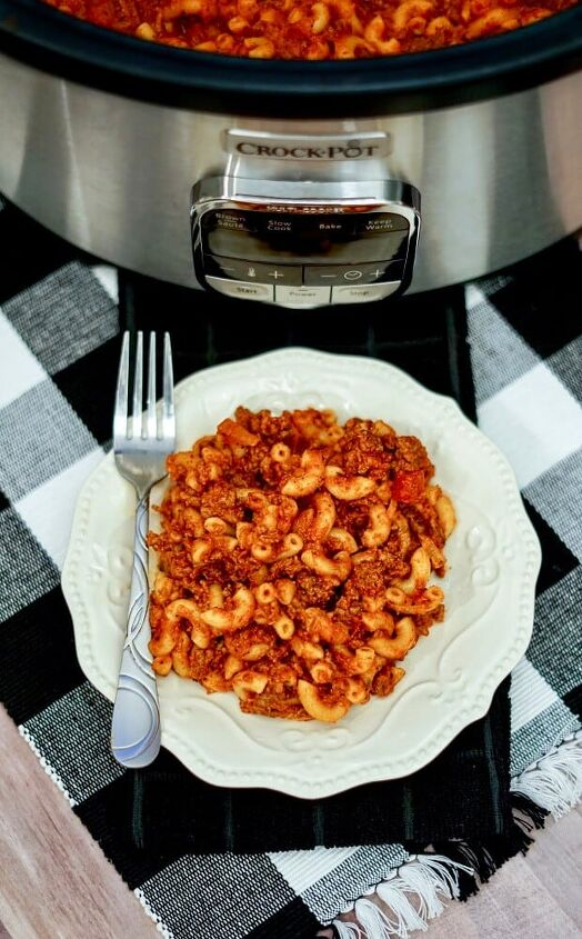 slow cooker beef goulash recipe