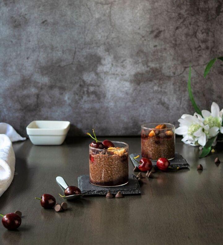 chocolate cherry chia pudding