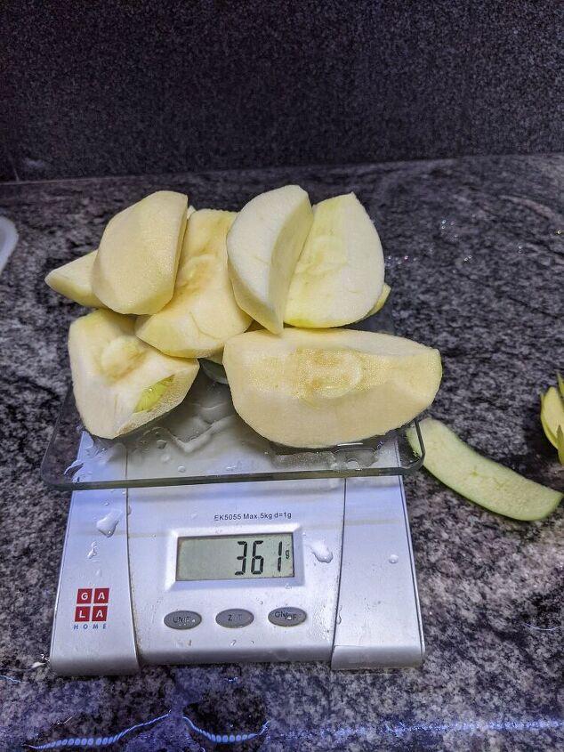 cinnamon flavoured apple confiture