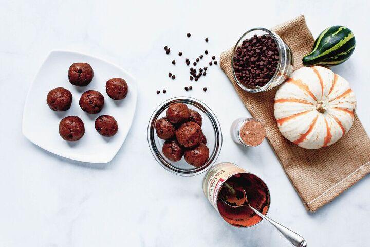 pumpkin spice chocolate protein bites