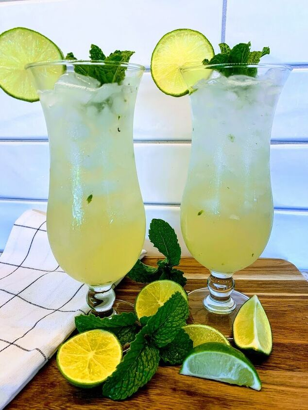 easy coconut and lime mojitos