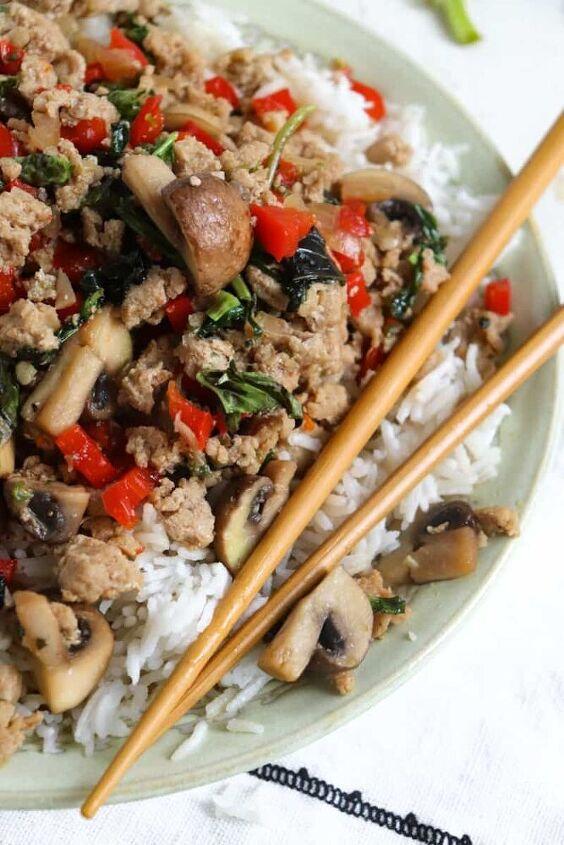 pad kra pao thai basil chicken