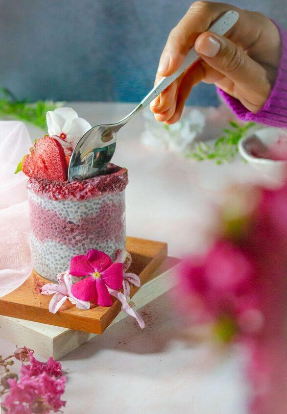 layered beetroot chia pudding