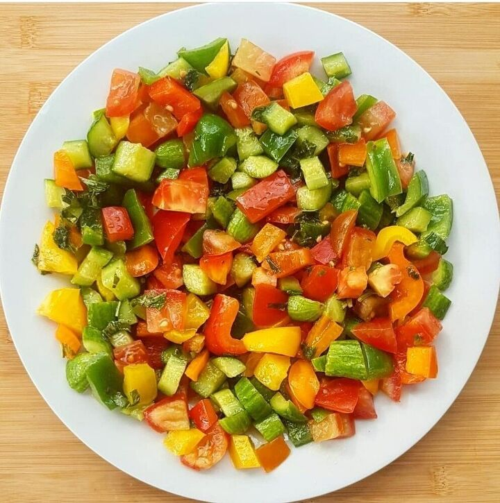 citrusy bell pepper salad