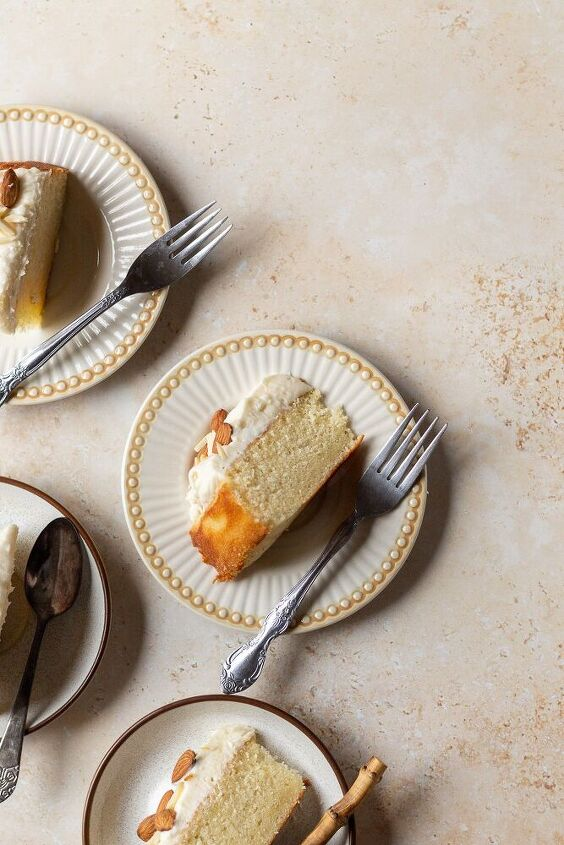 one layer almond cake