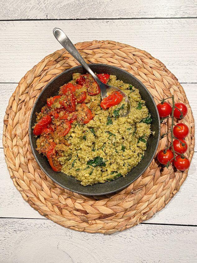 pesto quinoa with italian roasted tomatoes