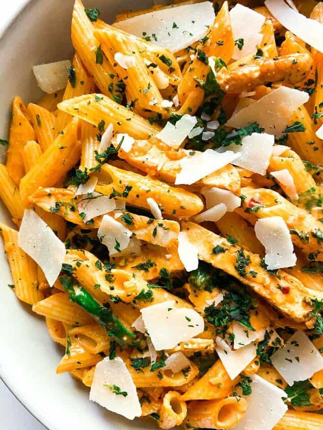 creamy chicken pasta with spinach