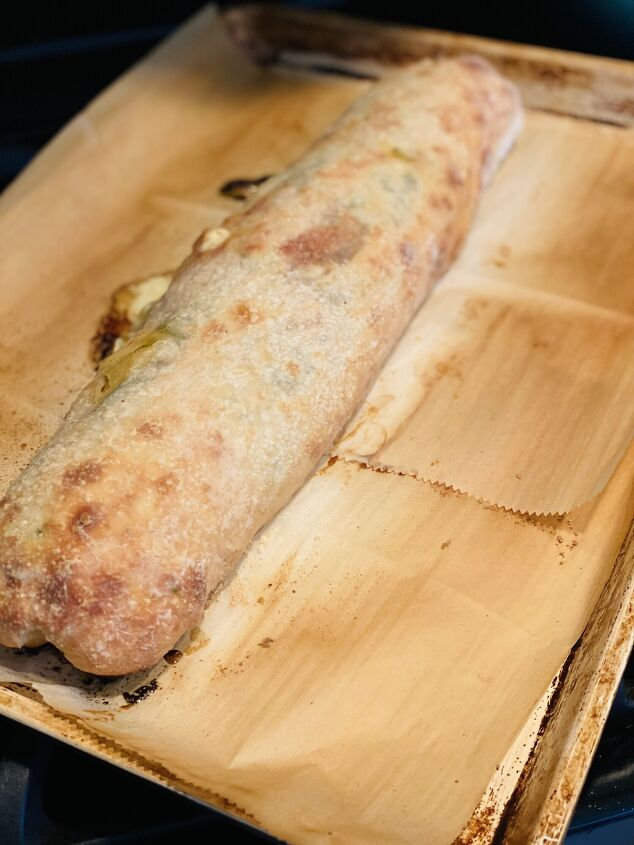 pepper spinach and basil stromboli