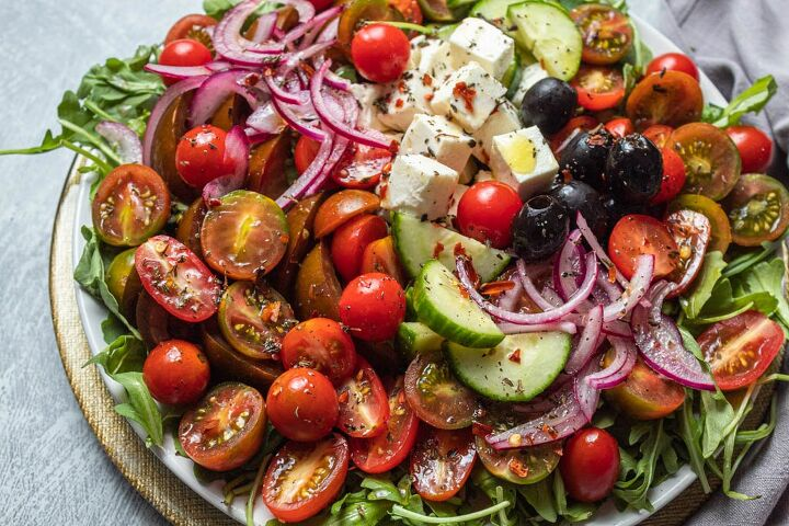 simple tomato cucumber salad