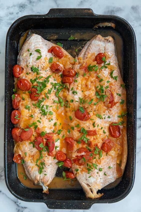white wine salmon with blistered tomatoes