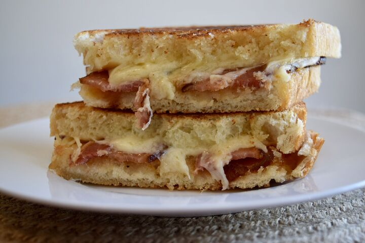 bacon fig gruyere grilled cheese
