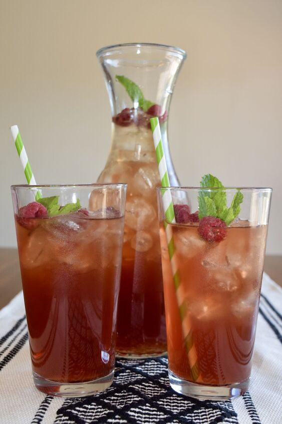 herbal raspberry mint iced tea
